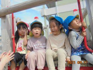 満3歳児、3歳児の子どもたちの様子